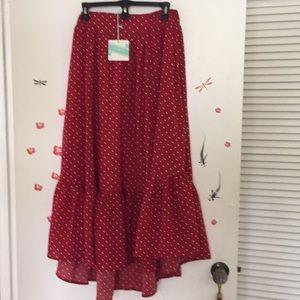 High low polka dot skirt 💖❤️💖❤️💖❤️